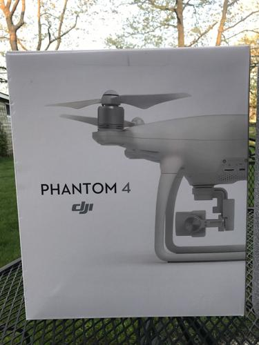 Dji Phantom 4 Quadcopter Drone Com 4K Gimbal-Stabilized 12Mp Camera (1)