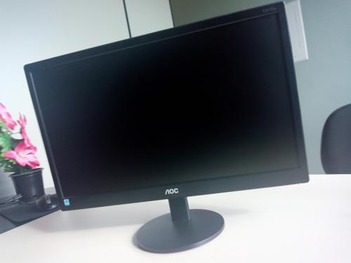 "Monitor Aoc Led 18,5"" (2)"