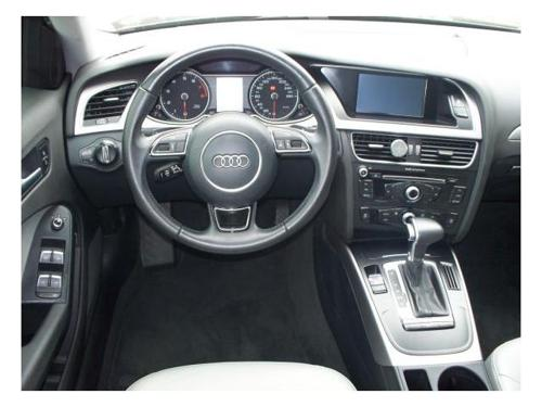 Audi A4 2.0 Tfsi Attraction Multitronic (6)